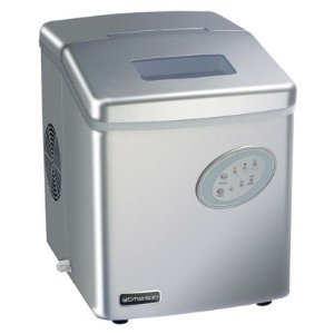 Emerson Countertop Ice Maker Instructions : never run out of ice again with this portable ice machine by emerson ...